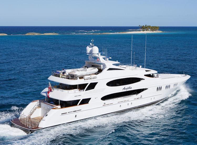 World Yacht Elegant Dining Afloat